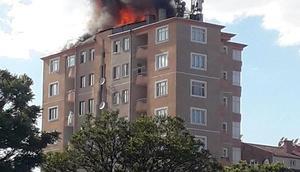 Kayseride 10 katlı binanın çatısında yangın