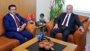 Tarım ve Orman Bakan Yardımcısı Aksu Kayseri Valiliğini ziyaret etti