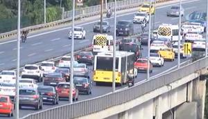 Son dakika: İstanbulda bayram trafiği başladı