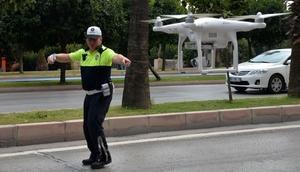 Adana'da 'Drone'lu trafik uygulaması