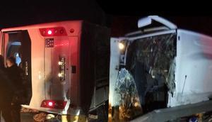 TEMde kahreden kaza... Öğrencileri taşıyan midibüs kaza yaptı