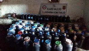 Elazığ'da 6 bin 764 litre kacak şarap ele geçirildi