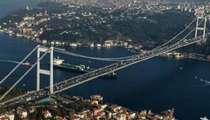 Köprüde zincirleme kaza 1 şerit kapatıldı