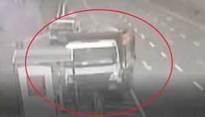 Direksiyon başında beyin kanaması geçiren kamyon şoförü faciayı önledi