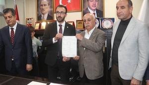 Şırnak CHP eski il başkanı ve 120 kişi AK Parti'ye geçti
