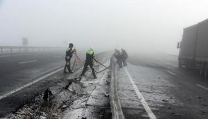 Ardahanda sis ve buzlanma kazalara yol açtı