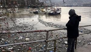Zonguldak Limanı, çöple doldu