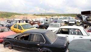 İzmirde terk edilmiş araçlar kaldırılacak