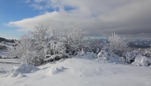 Uşakta kar yağışı sonrası kartpostallık görüntüler