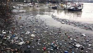 Zonguldak Limanı çöple doldu