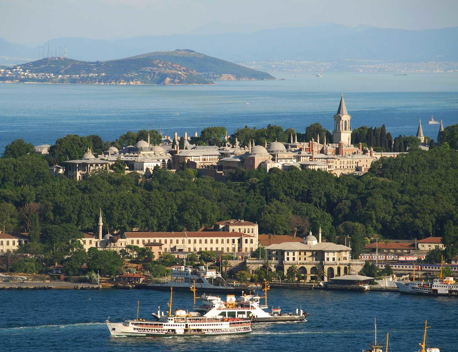 Istanbul's Topkapı Palace saved from construction works, keeps  'first-degree' archeological site status - Turkey News