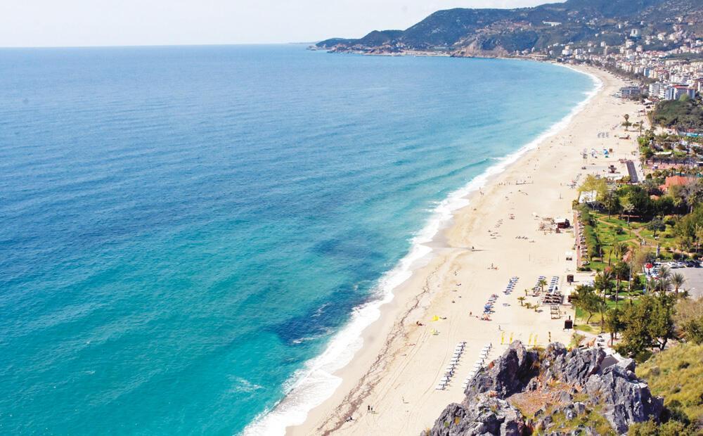 Cleopatra beach draws millions to Antalya