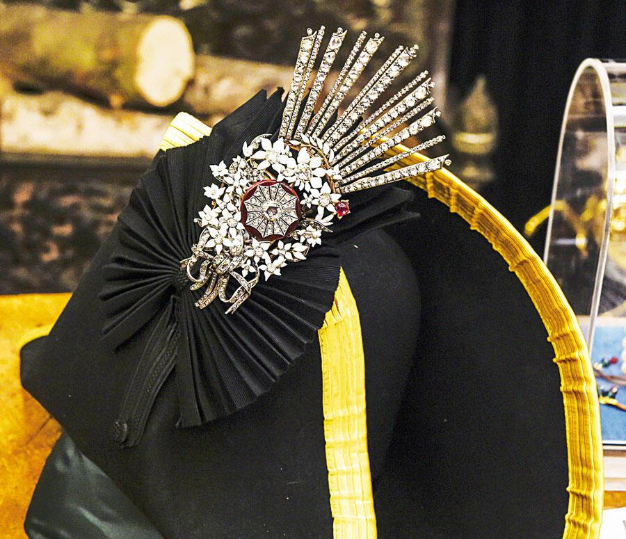 Turkish designer's collection pays homage to 'Lost Jewel'