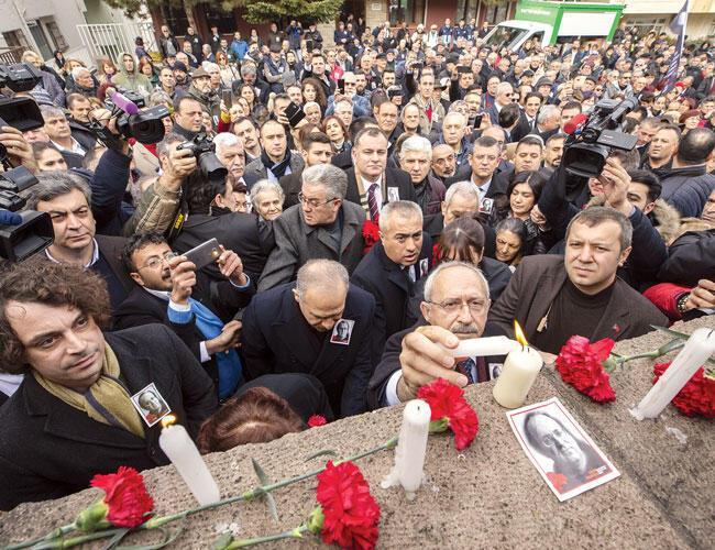 Slain Journalist Ugur Mumcu Commemorated On 26th Anniversary Of His Killing Turkey News