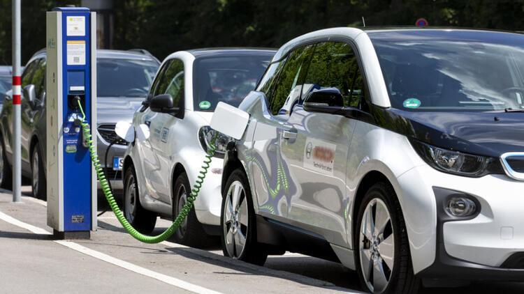 1,500 electric vehicles on roads - Latest News