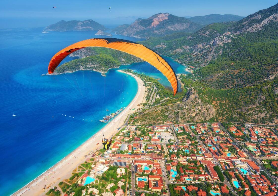 More than 165,000 people paraglided over from Mt. Babadağ