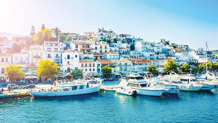 Greece 'longing for Turkish tourists who spend more than Europeans' -  Turkey News