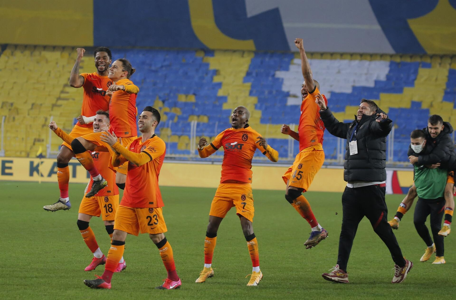 Galatasaray saatte Benarbahos'u 1-0 yendi.