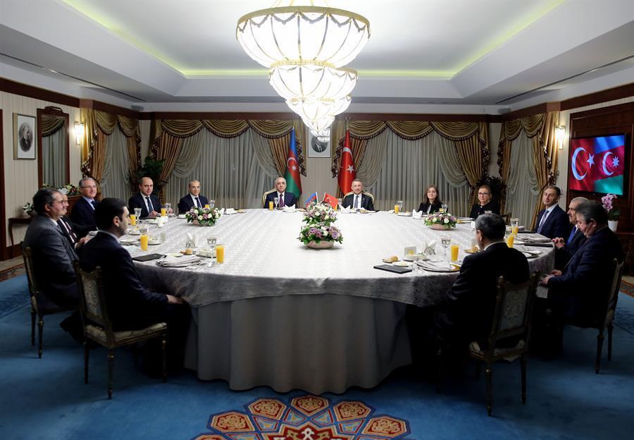 Türkiye ve Azerbaycan 2023 yılına kadar 15 milyar dolarlık ticaret hacmi hedefliyor