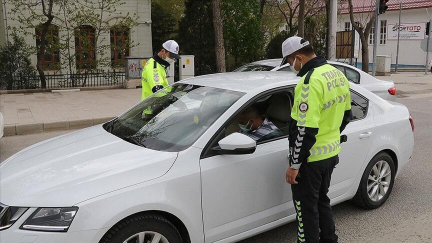 Over 2 million exemption permits issued during Turkey's lockdown - Turkey  News