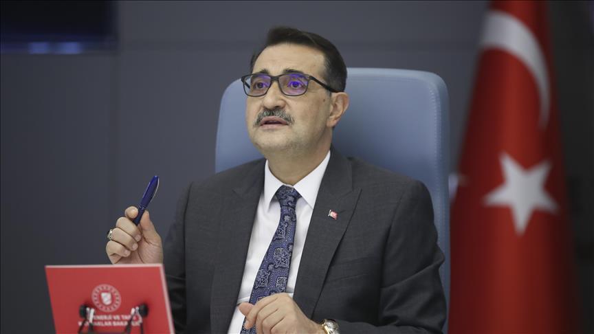 Bakan: Türkiye'nin kurulu enerjisinin yüzde 50'den fazlası yenilenebilir enerji kaynaklarından geliyor
