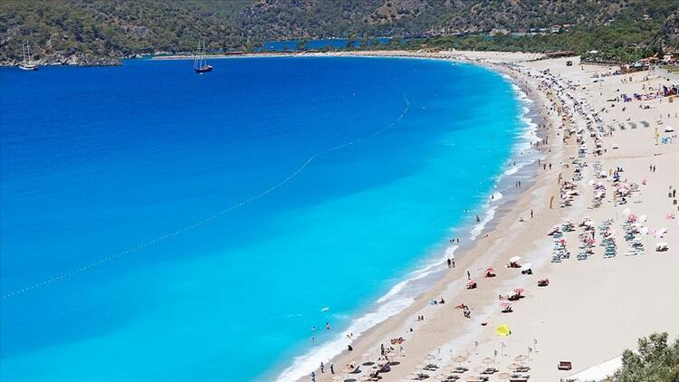 Antalya hosts over 1.5 mln tourists in first half of 2021