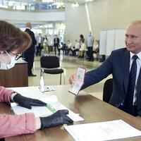 Russians grant Putin right to extend his rule until 2036