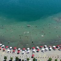 Lake Hazar in Turkey's east attracts holidaymakers