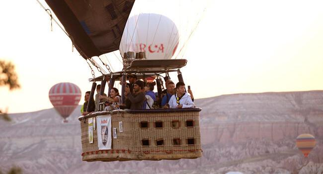 Tourists flock to Cappadocia to enjoy hot air balloon rides