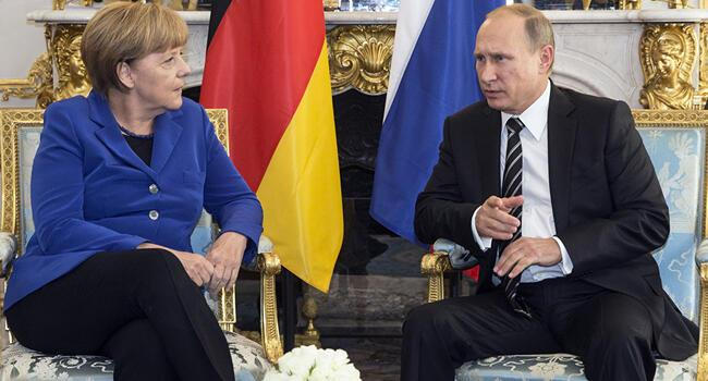Putin discuss Syria with Merkel ahead of talks with Turkey