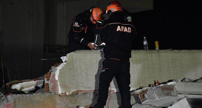 Turkish rescue teams start work in Albania after quake