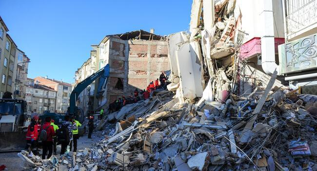 World extends condolences over deathly quake in Turkey