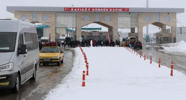 Turkey closes border with Iran amid coronavirus concerns