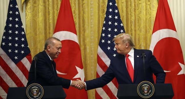 Trump backs Turkey and urges end to violence in Idlib