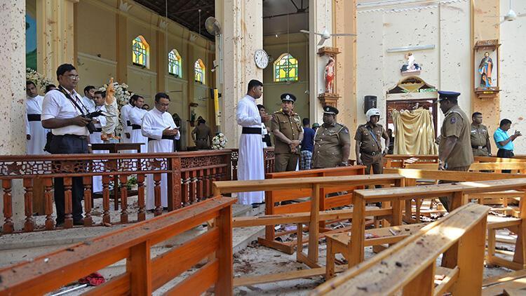 Son dakika... Sri Lanka'da savunma müsteşarı istifa etti
