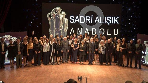 """9. Sadri Alışık Anadolu Tiyatro Oyuncu Ödülleri"""" adayları belli oldu"""