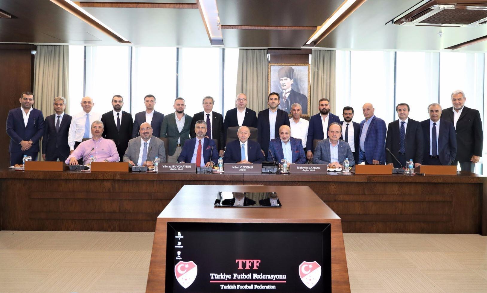 1. Lig kulüp başkanlarından Nihat Özdemir'e ziyaret
