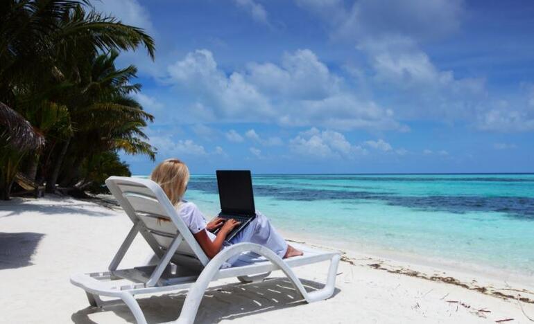 Emekli olmadan tatilde gibi çalışmak