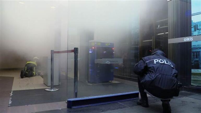 Bursada AVMde yangın