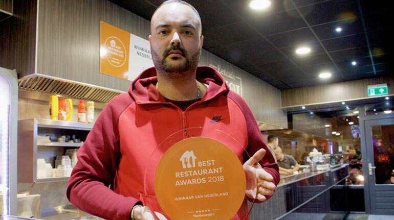 Hollanda'da en fazla en iyi yorumu alan Türk 'Yılın En İyi Restoranı Ödülü'nü aldı