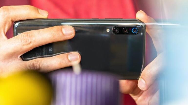Xiaomi Mi 9ün tüm özellikleri: Yok satan telefon...