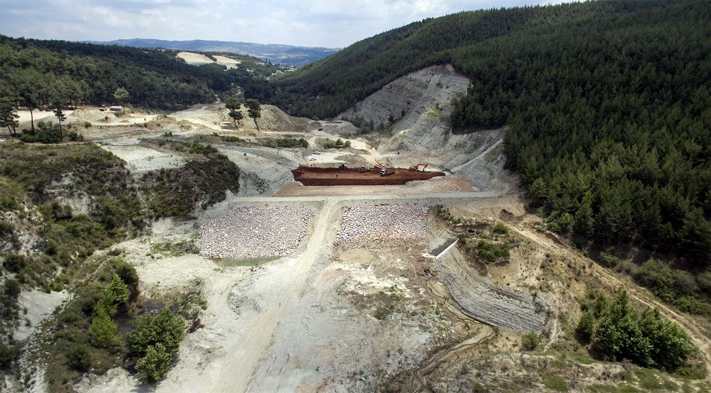 Gördes Karayağcı Barajının yüzde 80'i tamamlandı