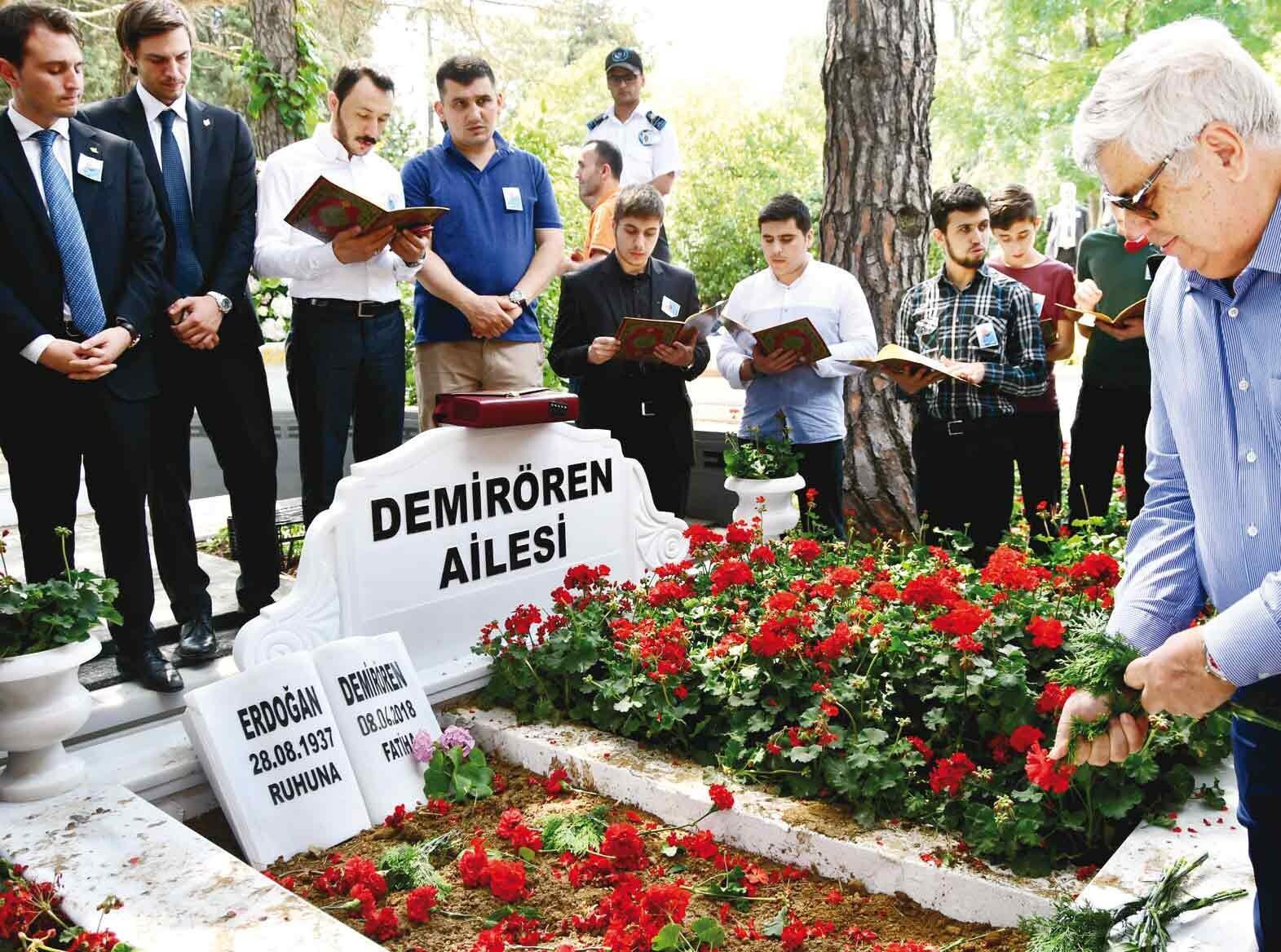 Türkiye Erdoğan Demirören'i sonsuzluğa uğurladı... Sevgi seli