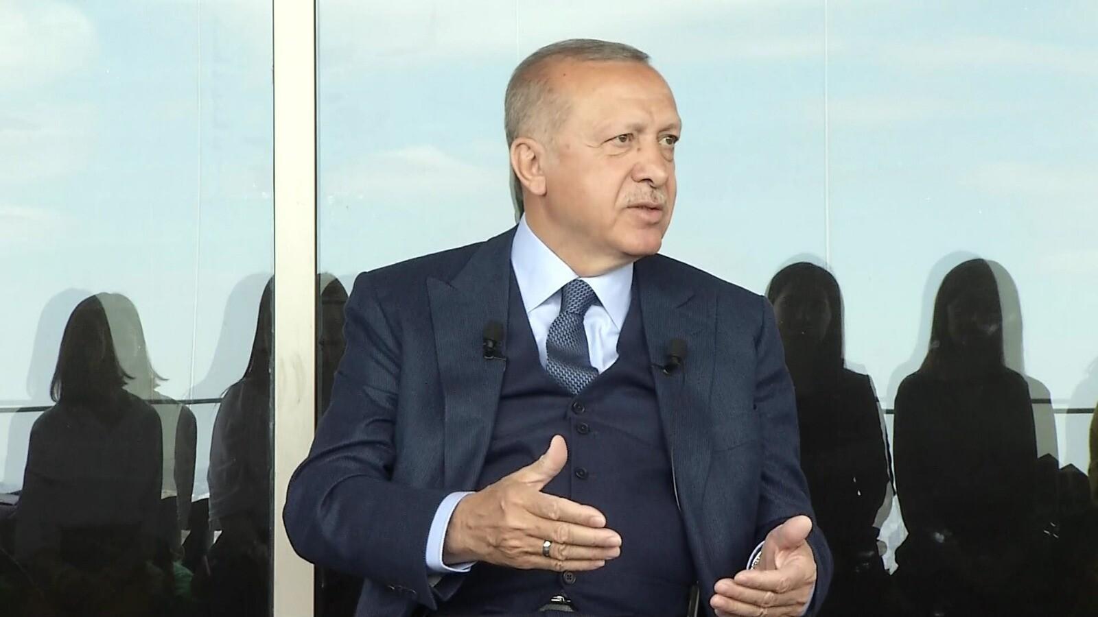 Son dakika! Cumhurbaşkanı Erdoğan'dan sürpriz programda çok çarpıcı mesajlar