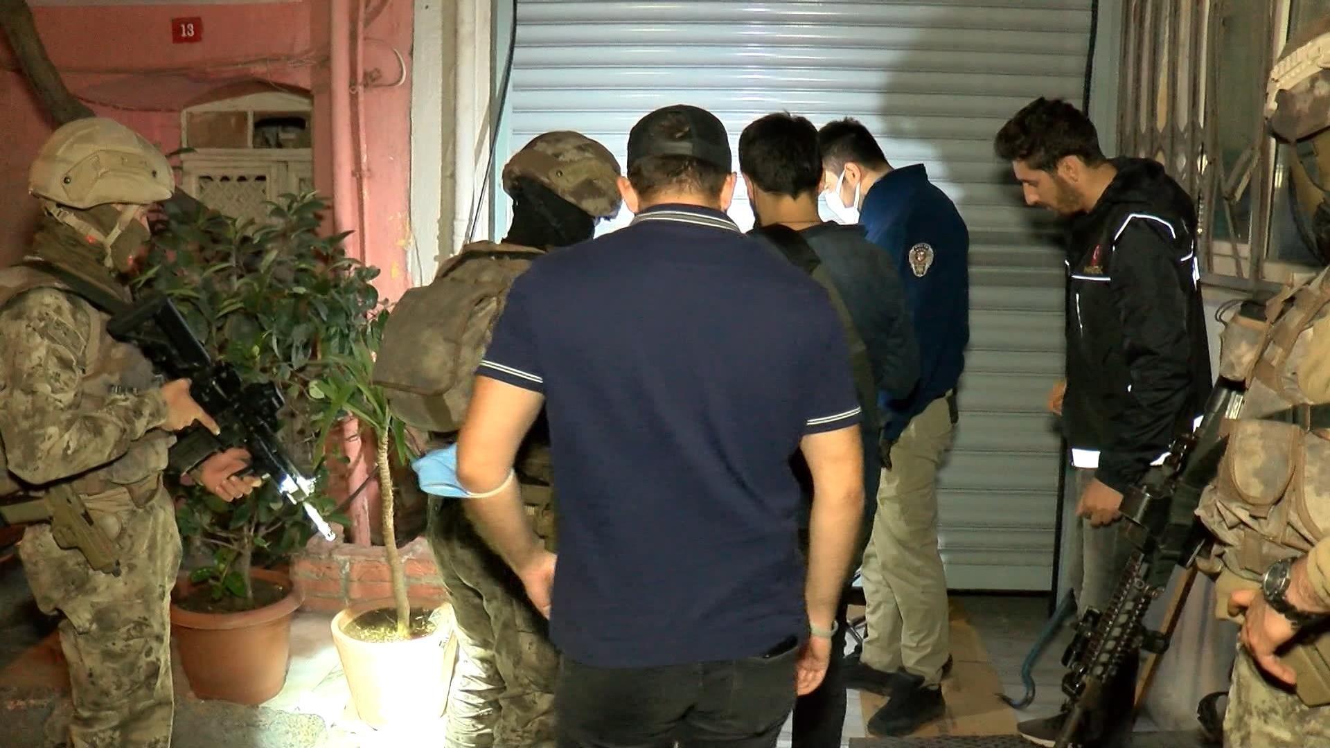 Beyoğlu Çukur Mahallesi'nde uyuşturucu operasyonu!