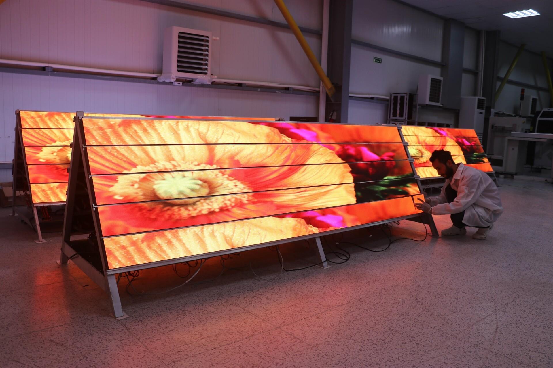 İstanbul Yeni Havalimanı'nın LED ekranları Amasya'dan
