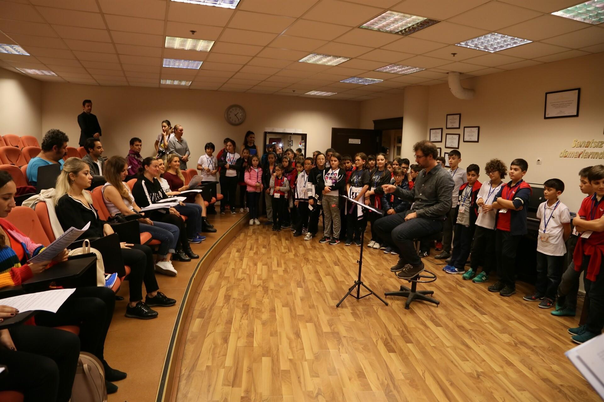 Öğrencilere 'opera' turu