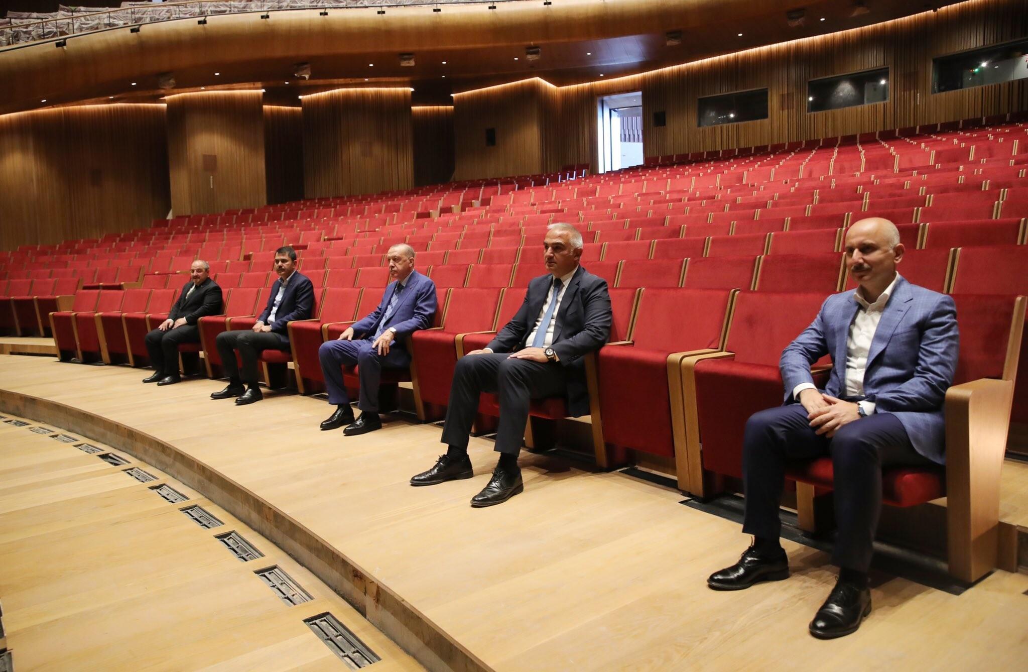 Son dakika... Cumhurbaşkanı Erdoğan'dan AKM ve Rami Kışlası'na ziyaret!