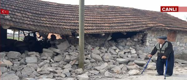 Son dakika! Denizli'de şiddetli deprem... Peş peşe artçılar oldu, Antalya'dan ve İzmir'den de hissedildi