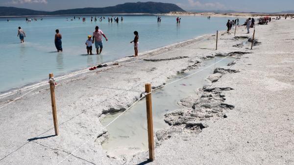 60800ea14e3fe000e88f5408 - 'Türkiye'nin Maldivleri' Salda Gölü'nde yeni yasak kararları!